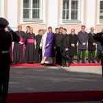 Президент Эстонии Керсти Кальюлайд встречает Папу римского Франциска