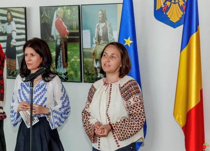 07_Romania-kostjumimg_8037