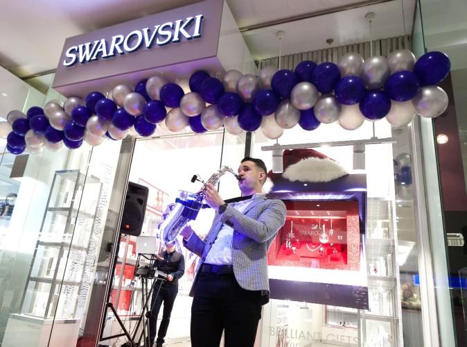14 - Swarovski-25_2017