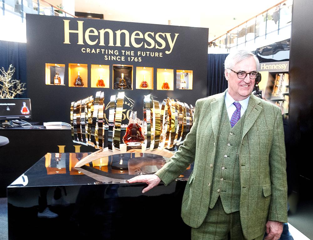 _16_Hennessy-250_