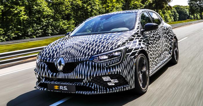 2017-Renault-Megane-RS-2