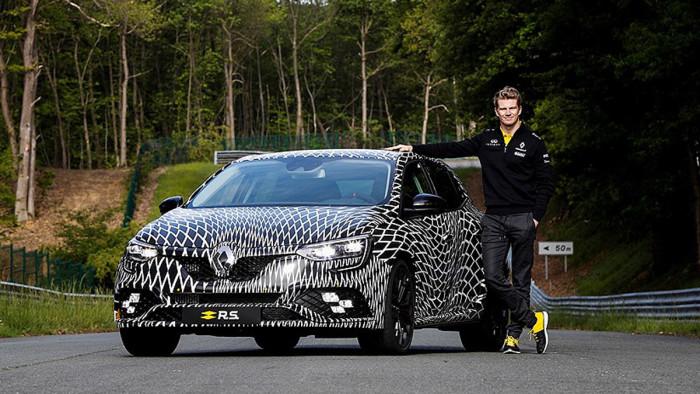 2017-Renault-Megane-RS-4
