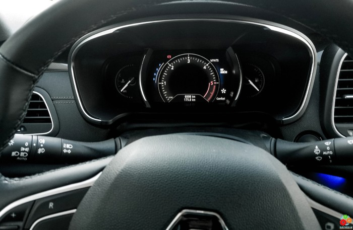 23-Renault Talisman