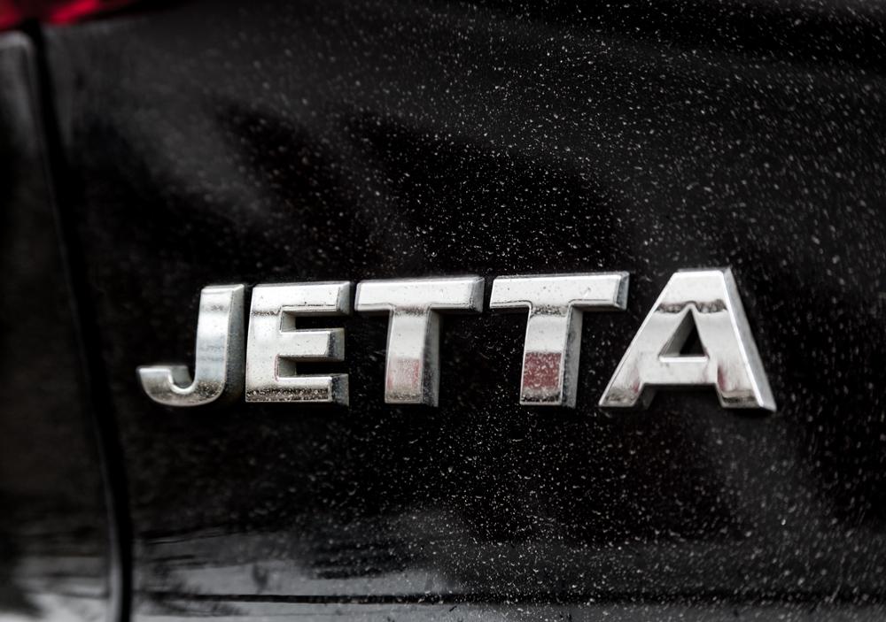 Volkswagen Jetta: отличница с виду — хулиган в душе