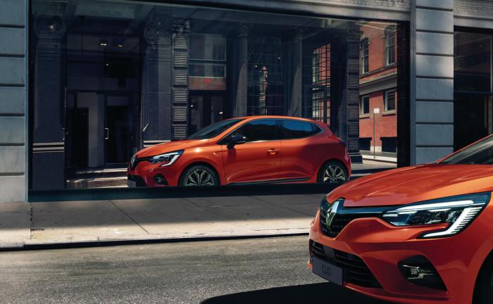 61-_New_Renault_CLIO_