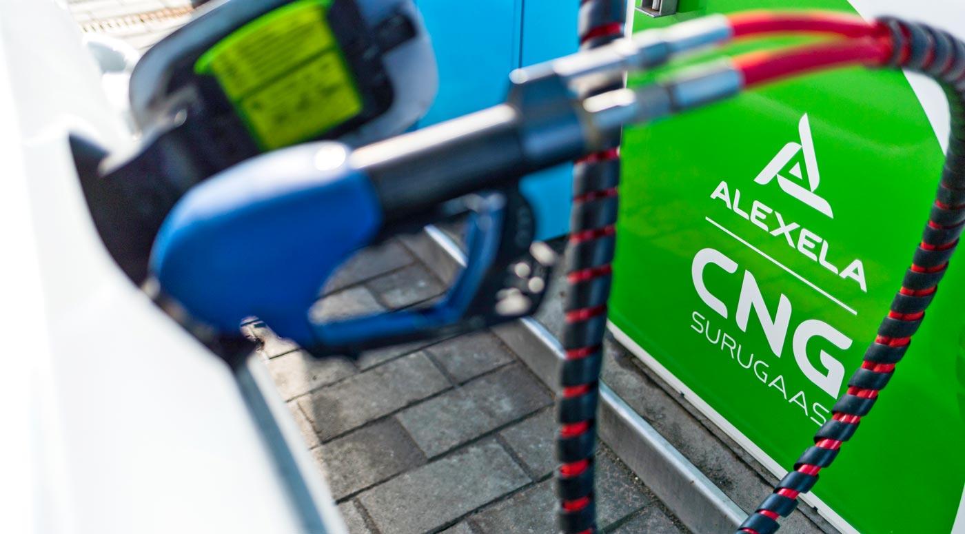 Alexela: новая заправка CNG открыта в Тарту