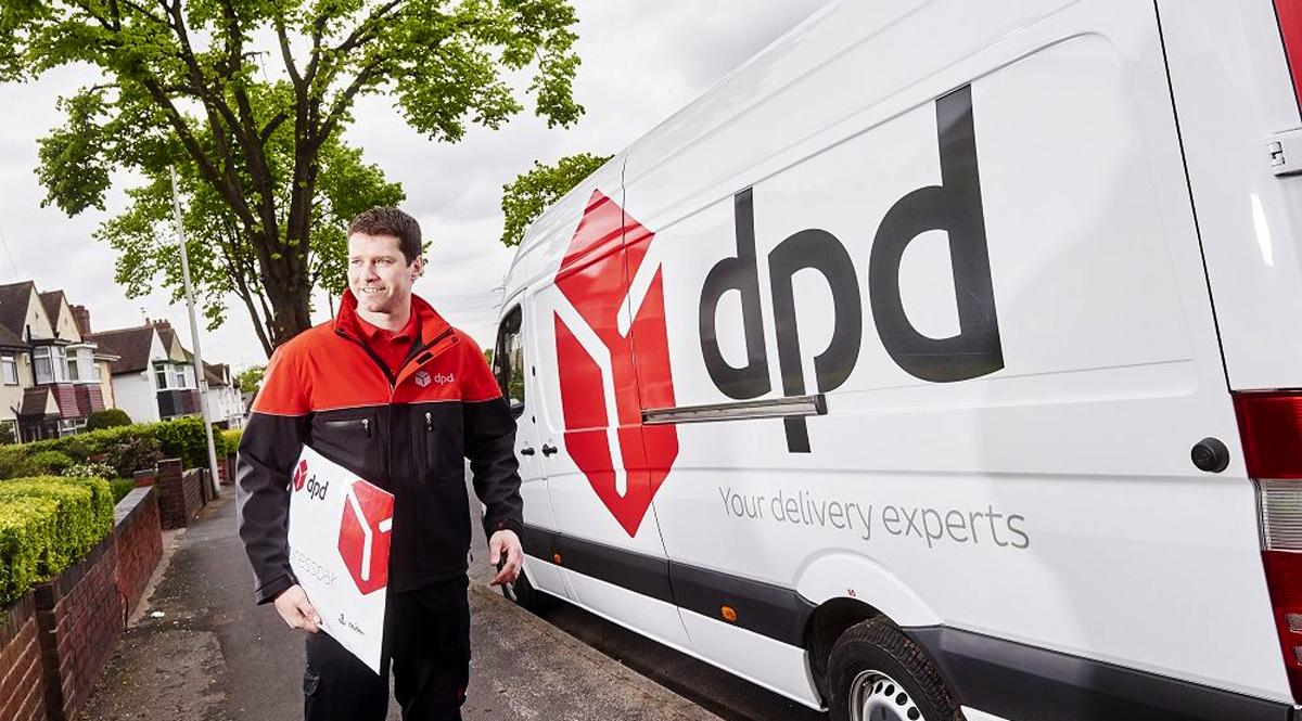 DPD: Истории ко дню курьера – голые клиенты и фургон-ловушка
