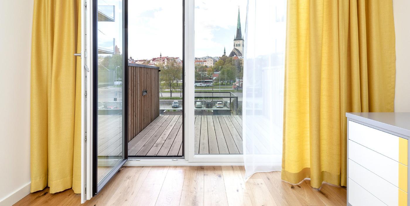 Estmak Capital: Шторы делают дом домом