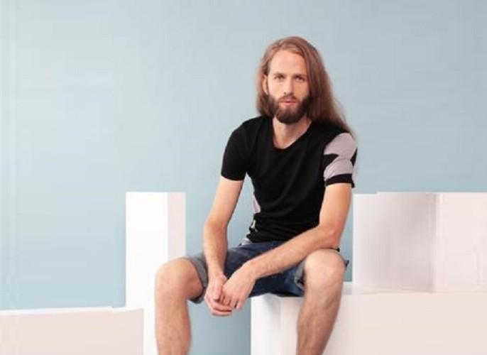 Feelwear-Men_s_V-neck_T-shirt_Geometry_in_black_merino_by_Feelwear_large
