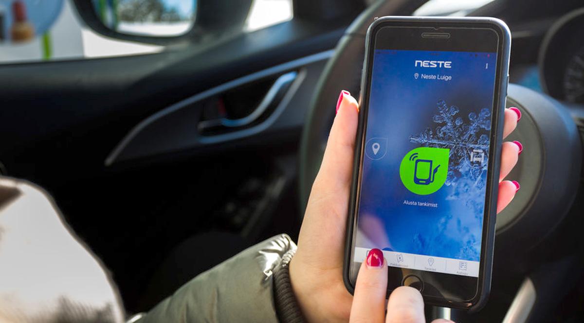 В заправочное приложение Neste добавлено платежное решение Apple Pay