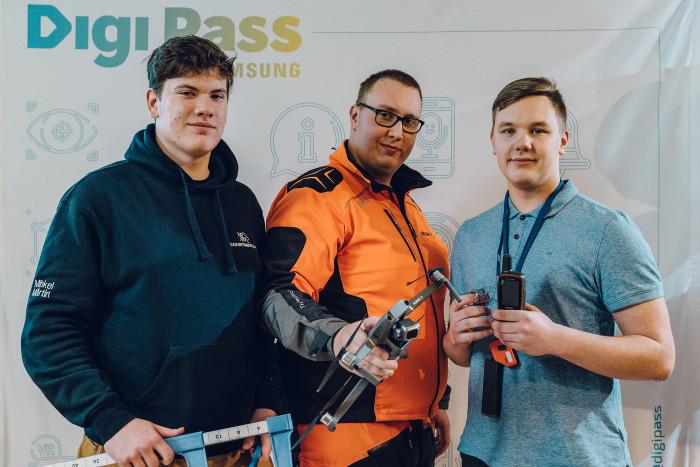 Samsung-Digi-Pass-2018--Flying-Forest-Romert-Rehe-Silver-Pärn-Mihkel-Märtin