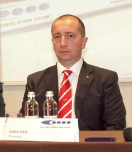 Эдди Рива - главный тренер