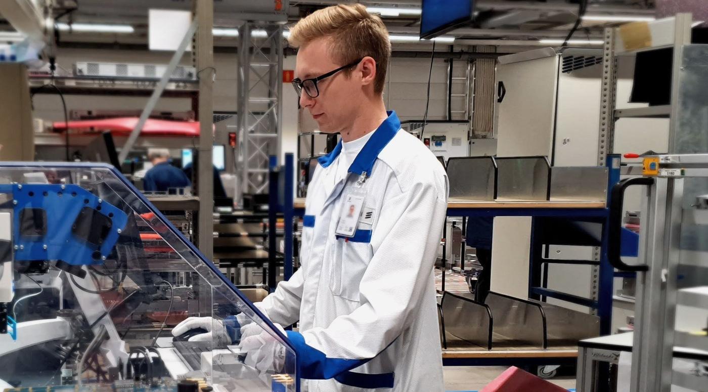 Союз электронной промышленности Эстонии:  предприятия нашли возможность принять на практику молодежь