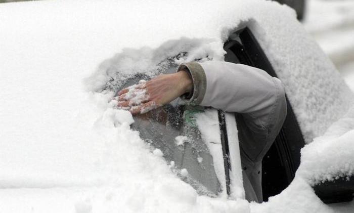 auto-sneg-zima