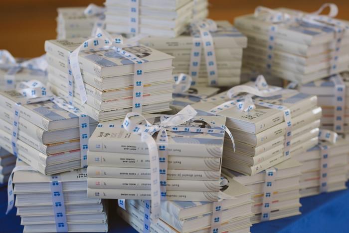 ev100-raamatusarja-teoste-leandmine-tartu-linna-raamatukogudele_41493419431_o