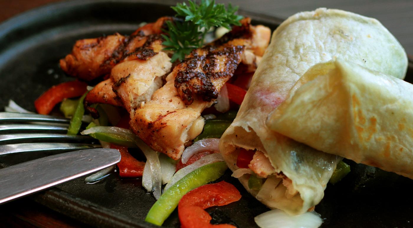 Шеф-повар советует, как правильно готовить курицу на гриле