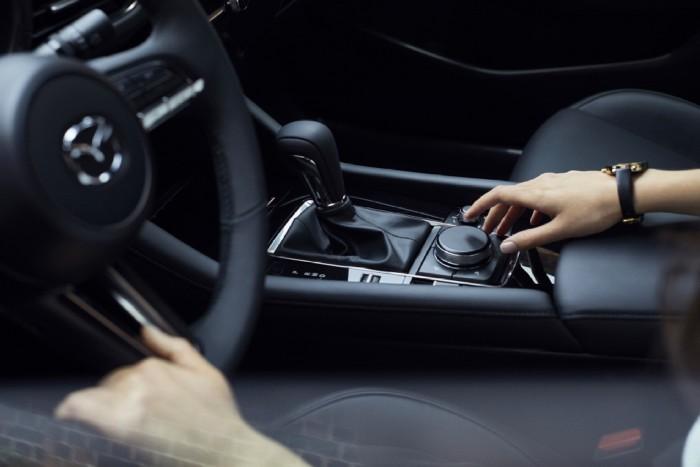new-Mazda3_interior