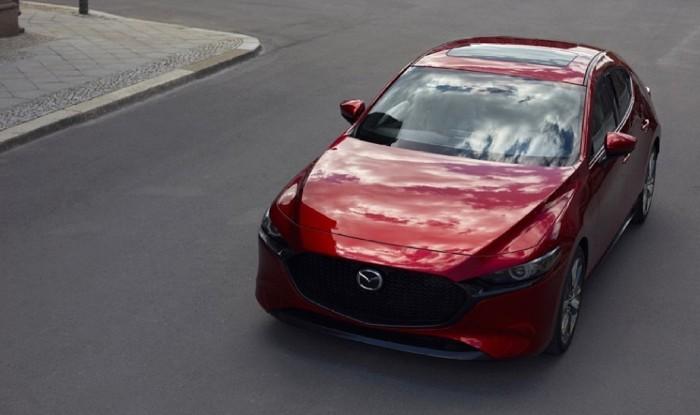 new-Mazda3_street