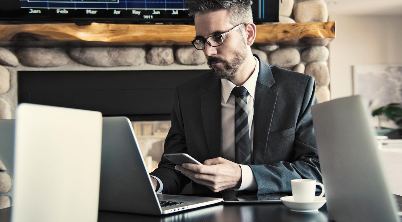 Нотариусы: набирает популярность новая услуга дистанционного заверения документов
