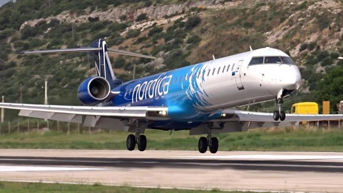 regional jet -Nordica-CRJ900-1