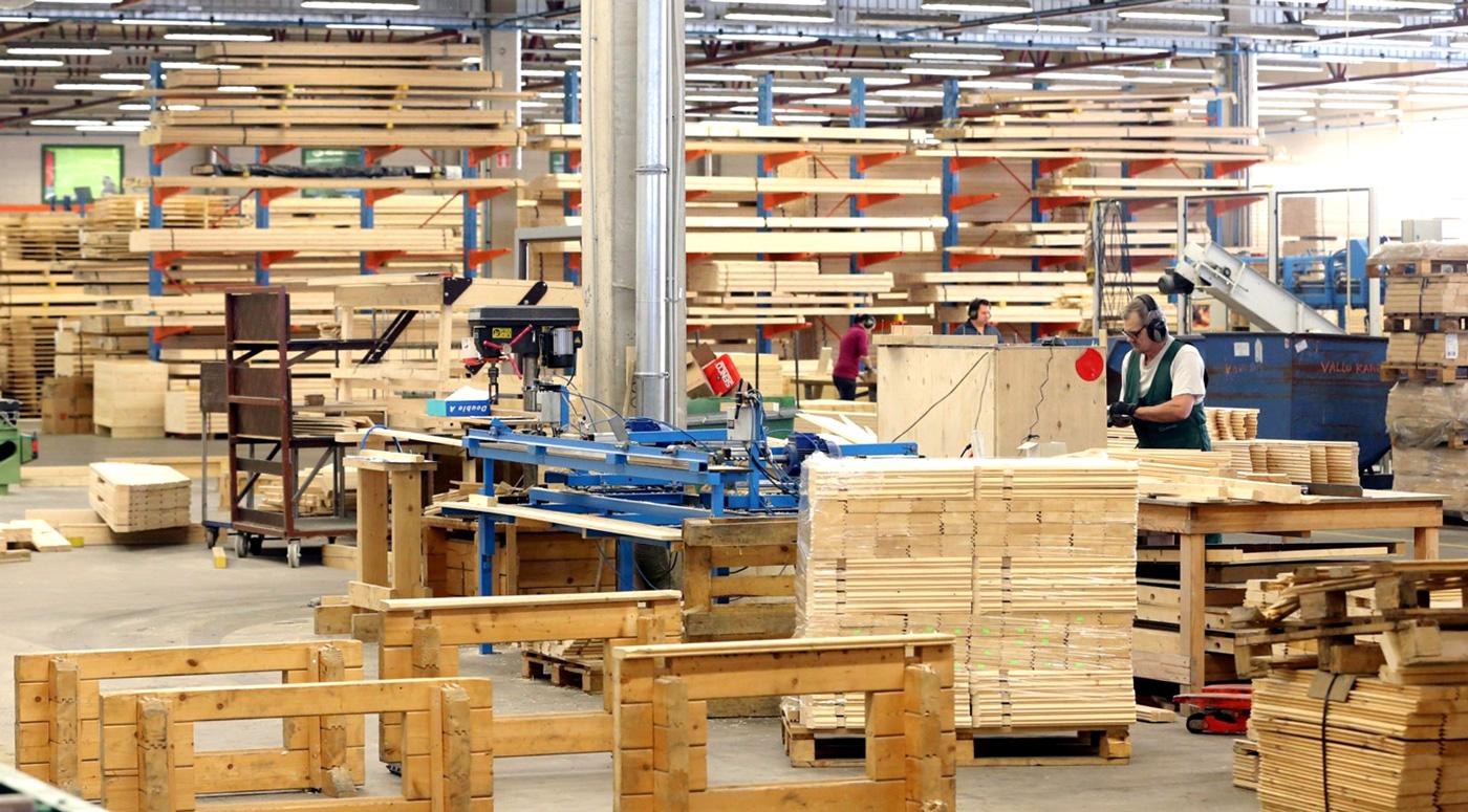 Государство должно защитить промышленный сектор от краха: 3 предложения от производств